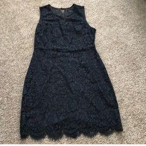 BR dark blue lace dress